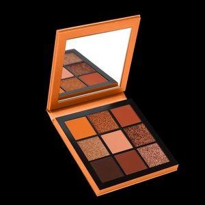 Huda Beauty Topaz Obsessions Eyeshadow Palette NIB